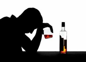 754288 300x217 Những bệnh đáng sợ do nghiện rượu