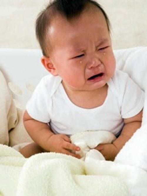 kinh nghiem chua benh dau bung o tre em cho bo me tre Kinh nghiệm chữa bệnh đau bụng ở trẻ em cho bố mẹ trẻ