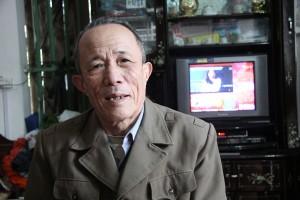benh nhan pham van kim 02 300x200 Thoát khỏi bệnh viêm đại tràng