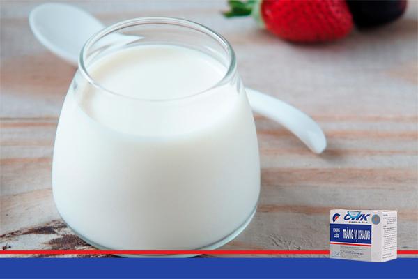 Lí do khiến người bệnh đại tràng không được uống sữa