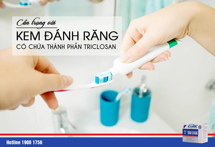 Kem đánh răng chứa Triclosan có khả năng gây viêm đại tràng